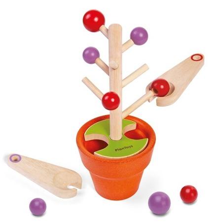 Drewniana zabawka zręcznościowa - kto pierwszy pozbiera owoce, ćwiczenie motoryki, Plan Toys