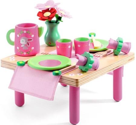 Drewniany zestaw przyjęcie urodzinowe - zestaw urodzinowy Lili Rose (stolik i akcesoria), DJECO