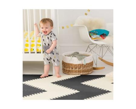 Mata edukacyjna dla niemowlaka kontrastowe wzory geometryczne - PLAYSPOT GEO, SKIP HOP 242028