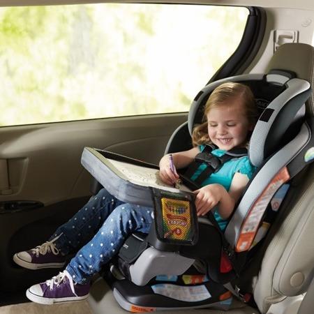 Stoliczek podróżny do samochodu - stolik do malowania do auta Tonal Chevron, SKIP HOP
