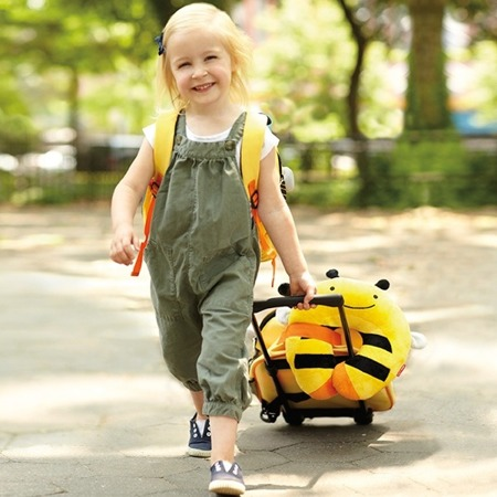 Zagłówek dziecięcy - rogal do samochodu dla dzieci, poduszka Pszczoła, SKIP HOP