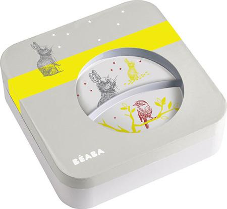 Zestaw prezentowy z melaminy: dwudzielny talerzyk, miseczka, kubeczek, śliniak i sztućce Bunny, Beaba